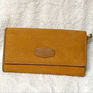 BUXTON Wallet real suede NEW